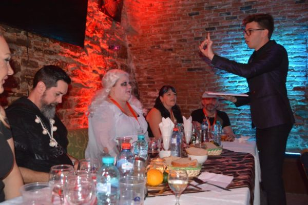 dracula-tour-romania-halloween-party