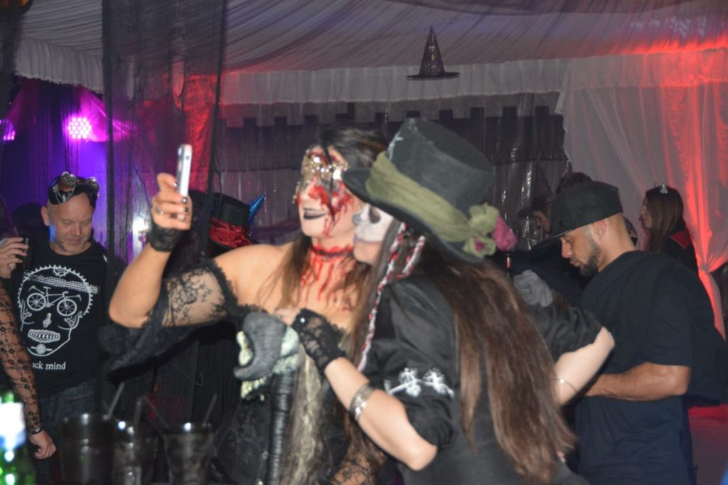 romania-guided-tours-halloween-party